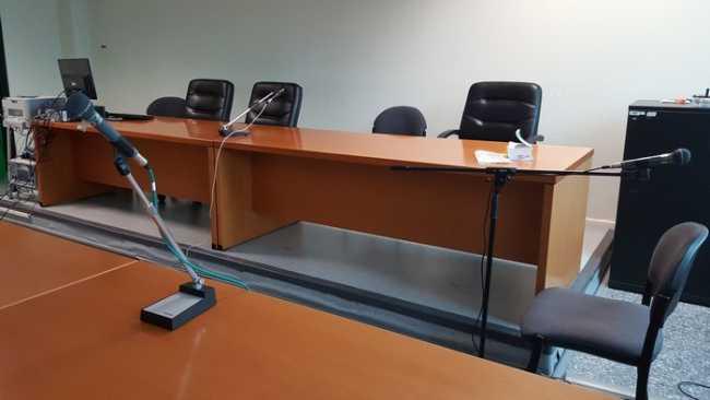 tribunale aula b vuota